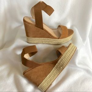 NEW Steve Madden Suede And Jute Wedges